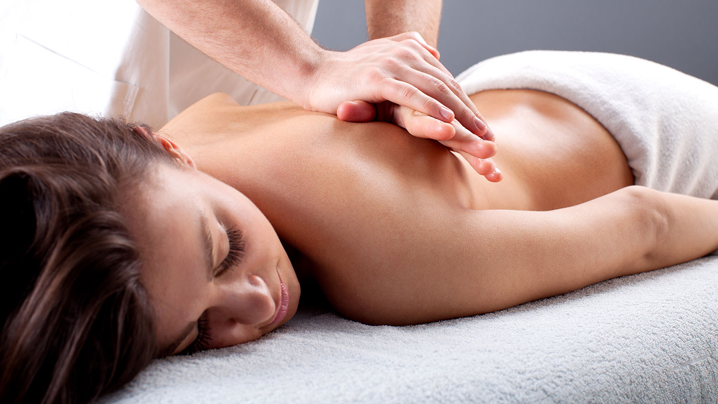 A Guide To Use CBD Oil For Massage And Its Benefits
